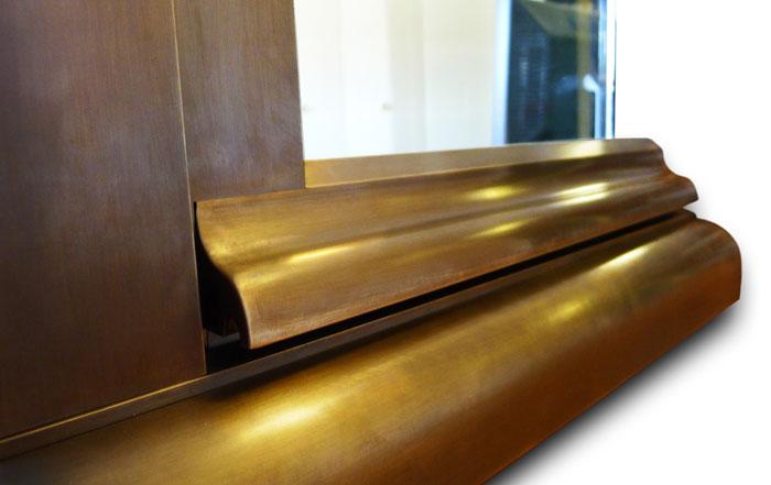 Fenêtre mixte bois-bronze, vue de l'extérieur, sans finition