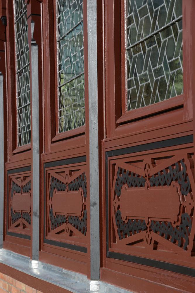 Pavillon des Indes, restauration des fenêtres