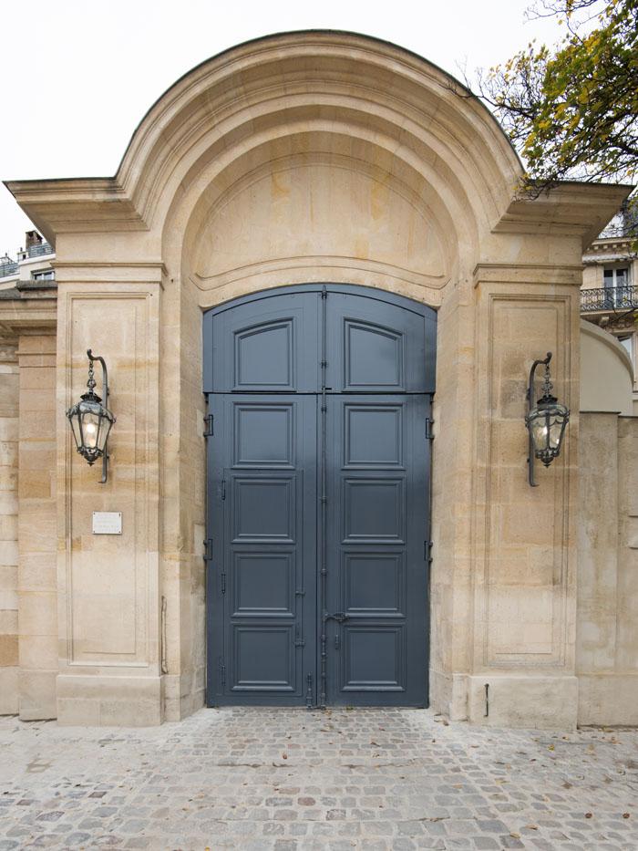 Porte cochère du Musée Rodin, boulevard des Invalides