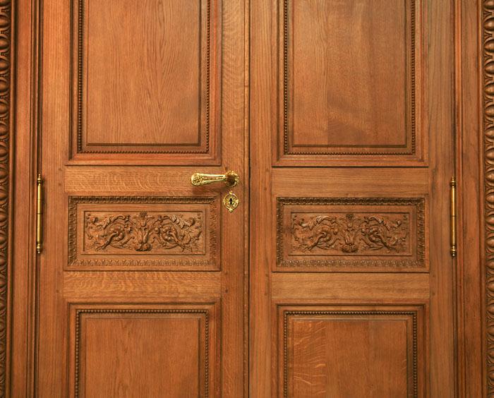 Portes intérieures à l'hôtel de Coislin à Paris