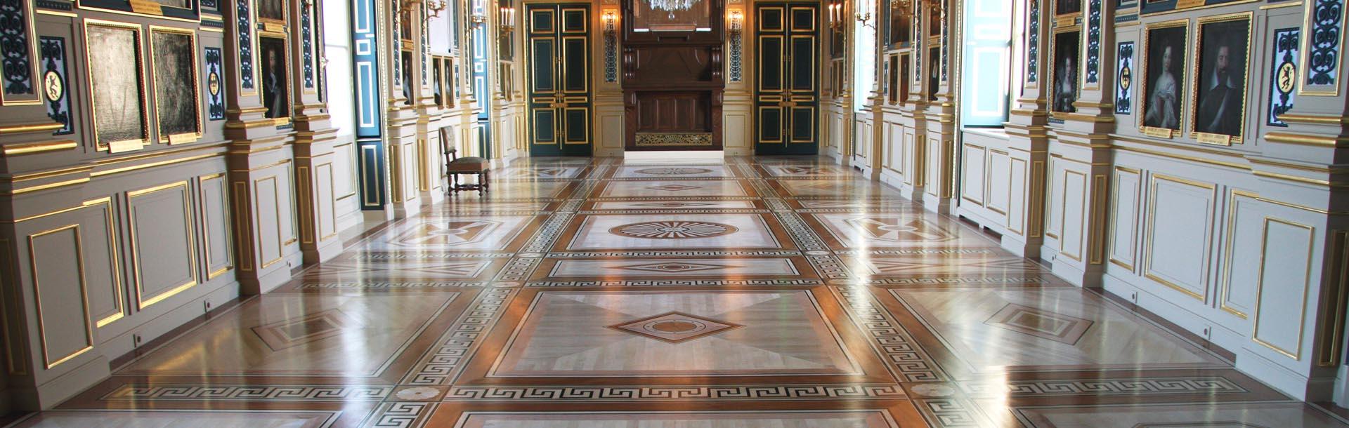 Restauration des lambris et du parquet de la Galerie de Guise (Chateau d'Eu)