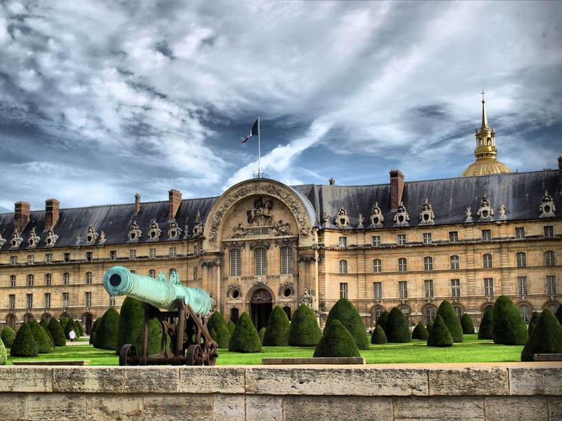 restauration de l'hôtel des invalides à paris